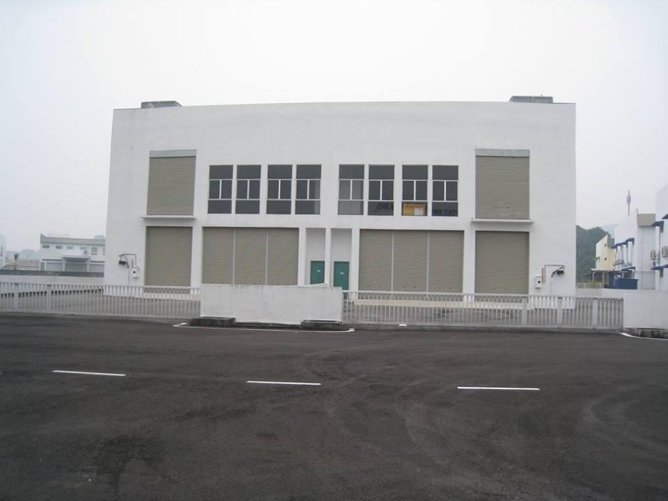 Warehouse, Batu Maung