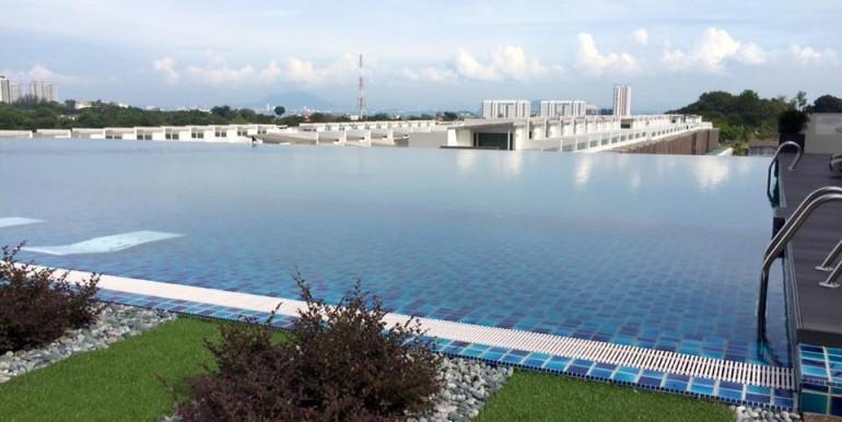 pool 01