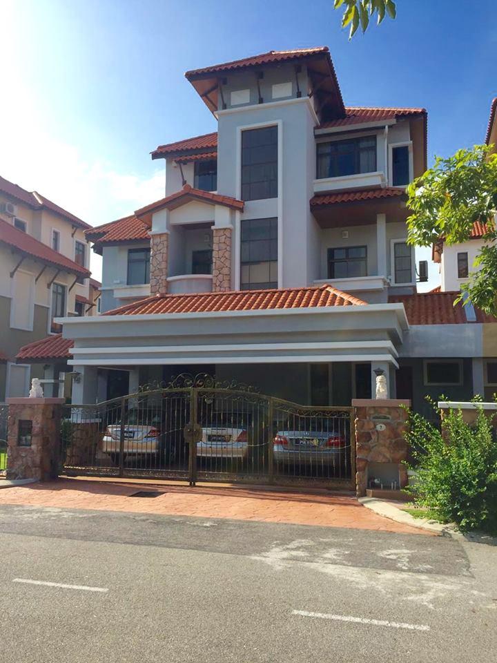 D'Residence Bayan Mutiara (Twin Bungalow)