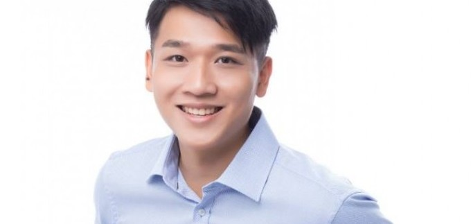 alfred_chong_-_profile_picture_1-683x1024